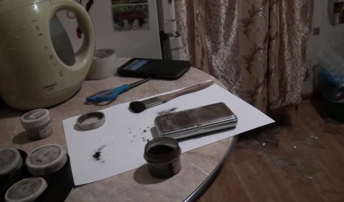 В Иркутске в квартире на улице Волгоградской ликвидирована наркогруппировка (Видео)