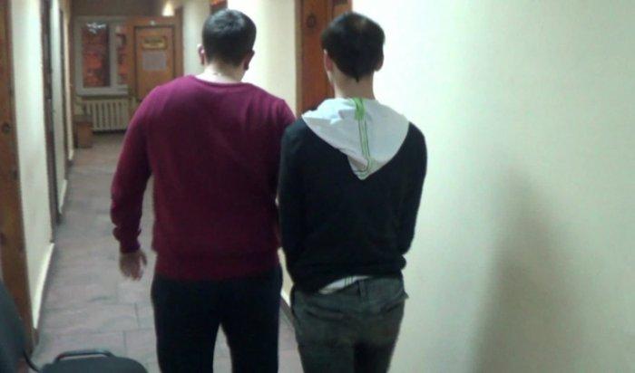ВИркутском районе воры-домушники «вромантическом настроении» снимали кражи навидео