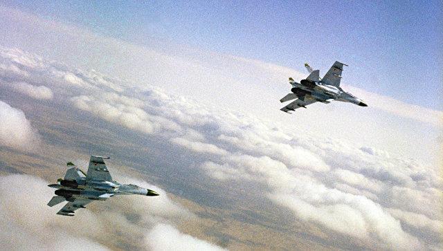 NBC: Российский Су-27пролетел вшести метрах отпатрульного самолета США
