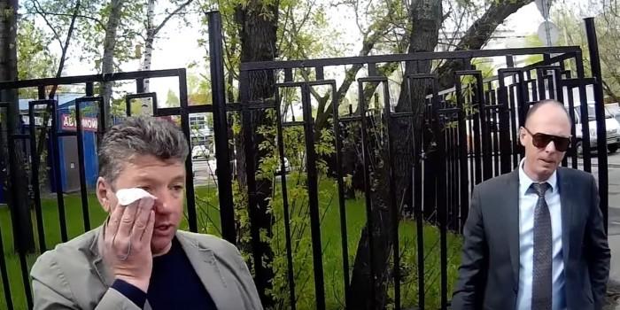 ВМоскве активисты «СтопХама» подрались сдепутатом из-за езды потротуару