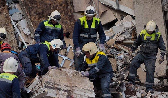 При обрушении подъезда вВолгограде погибли минимум три человека