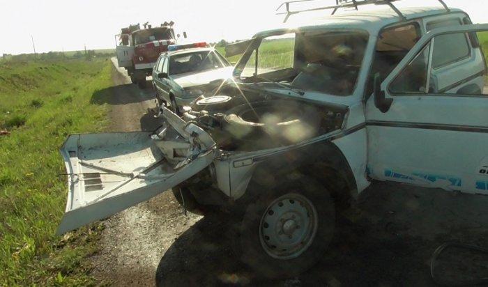 ВЧеремховском районе в ДТП повине пьяного водителя «Нивы» пострадали два человека