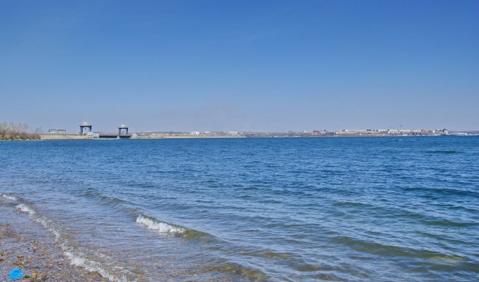 В Иркутске возле плотины ГЭС выявлено около 30 детей, купавшихся в запрещенном месте