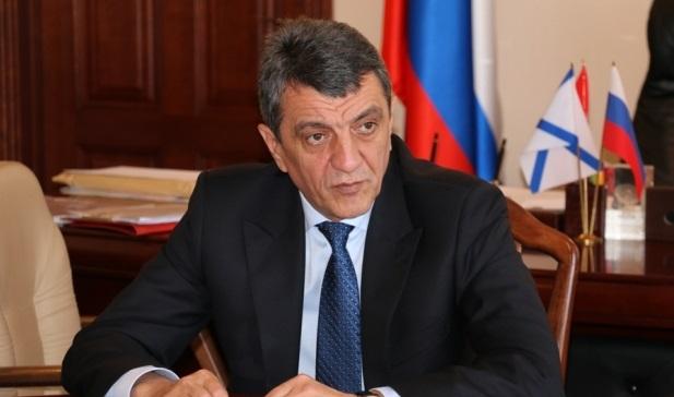 В Иркутск прибыл полпред президента в СФО Сергей Меняйло