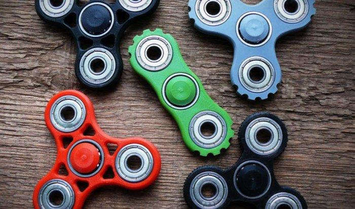 Кручу-верчу, спиннер хочу: Все, что выхотели знать оновых модных игрушках
