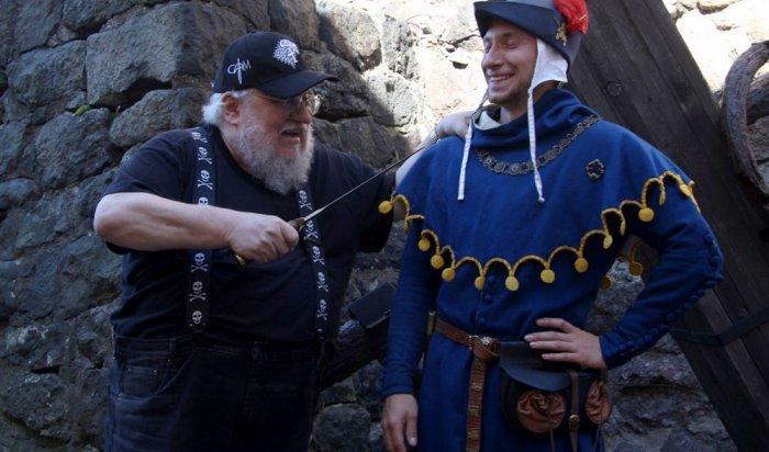 Игры престолов Джордж Мартин приехал в Россию