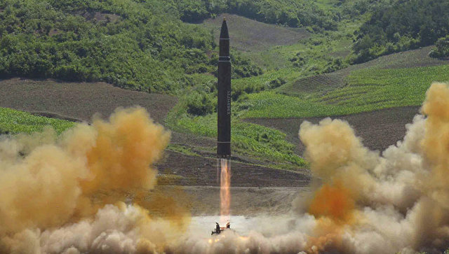 КНДР запустила ракету в сторону северной Японии