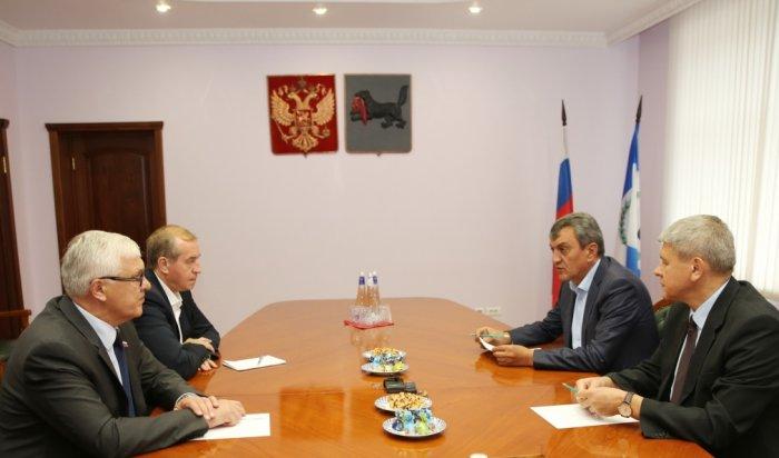 В Иркутск прибыл полпред президента РФ в СФО Сергей Меняйло