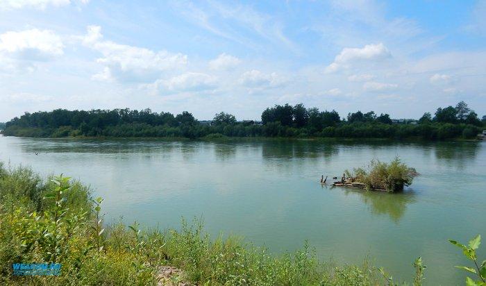 За время купального сезона на водоемах Иркутской области утонуло 104 человека