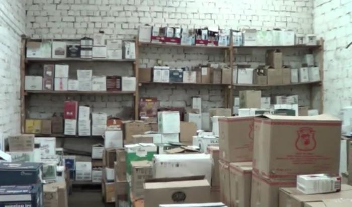 Втайнике наскладе иркутские полицейские обнаружили контрафактный спирт