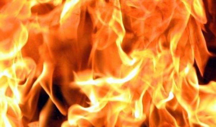 В Бодайбинском районе в результате пожара в квартире двухэтажного дома погиб годовалый ребенок