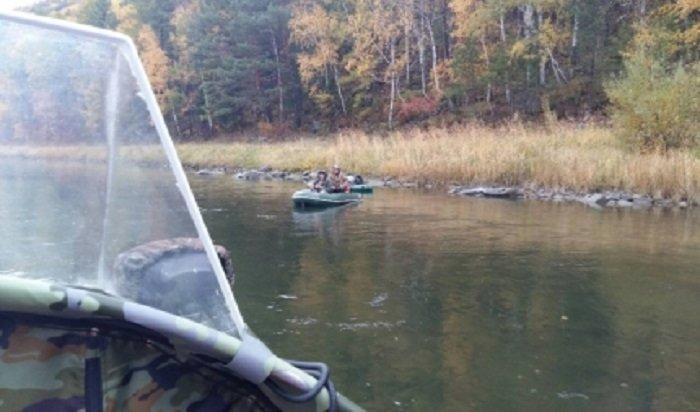 В Шелеховском районе спасены двое туристов, сплавлявшихся по реке Иркут