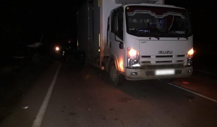 В Братском районе в результате столкновения «ВАЗа» и  грузовика погибла 17-летняя девушка