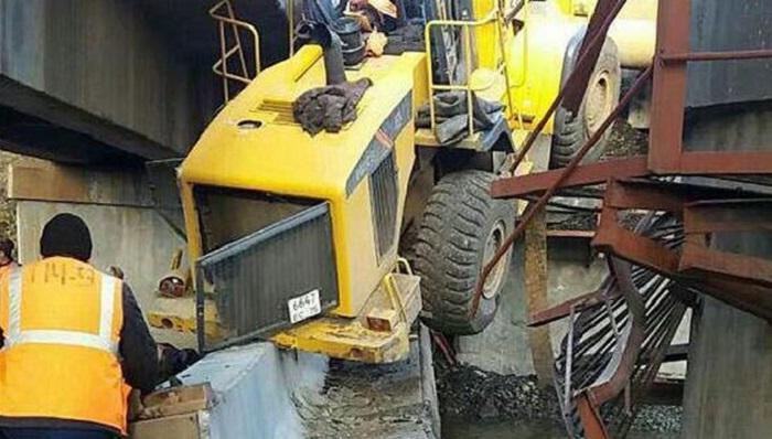 ВЗабайкальском крае при обрушении моста погибли двое железнодорожников