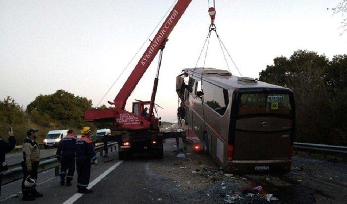 НаКубани вДТП савтобусом погибли семь человек