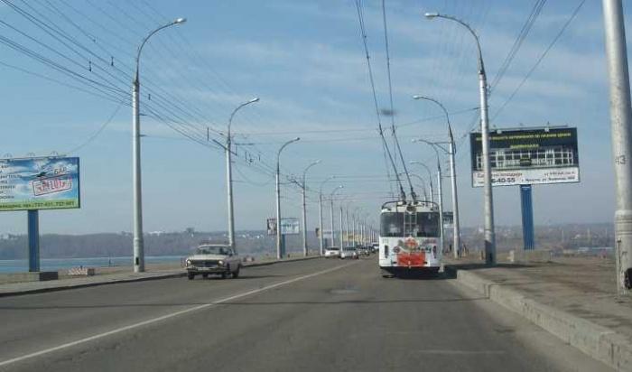 В Иркутске на плотине ГЭС снесут все 38 рекламных конструкций