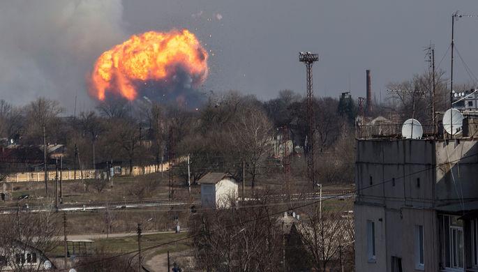 На Украине в Винницкой области загорелись склады с боеприпасами