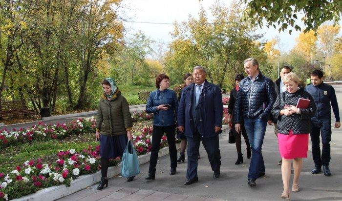 В парке имени 10-летия Ангарска появятся аттракционы и зоопарк