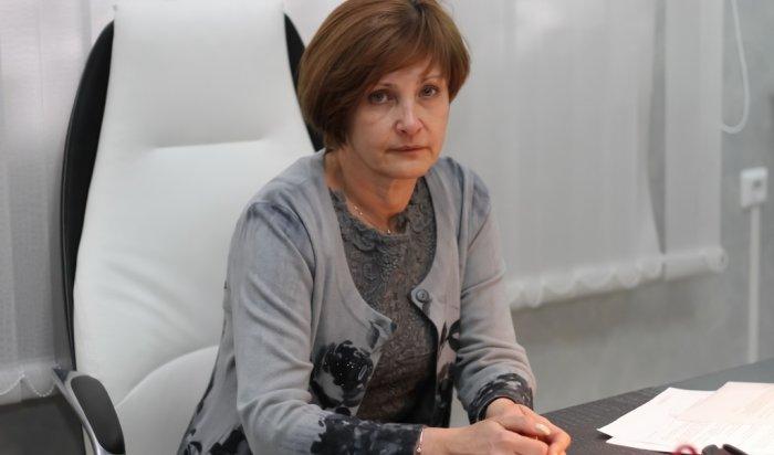 Председатель Думы Иркутска Ирина Ежова поздравила коллектив школы №72 с Днем учителя