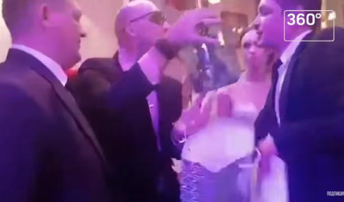 Жених Дианы подрался содним изгостей— Свадьба Шурыгиной
