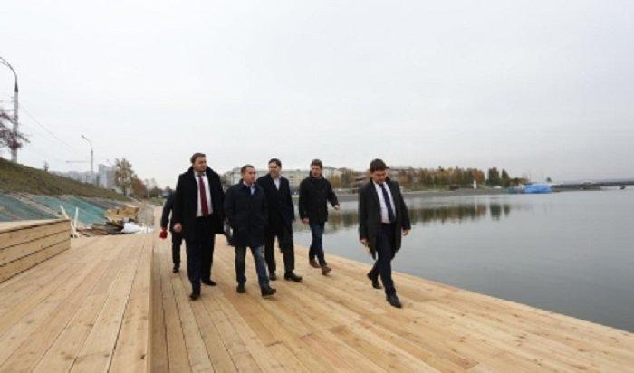 В Иркутске практически завершены работы по благоустройству набережной в Солнечном