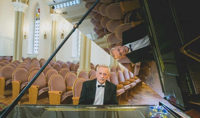 В Иркутске СК проверяет версию о том, что пианист Клейн скончался из-за задержки скорой помощи