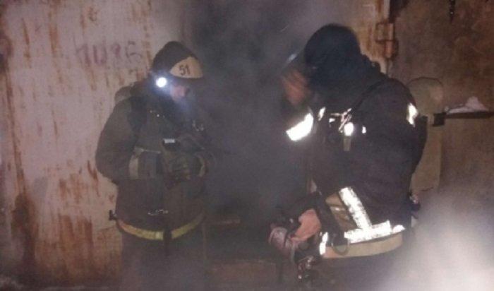 В Усть-Куте при пожаре в двухэтажном жилом доме спаслись 7 человек