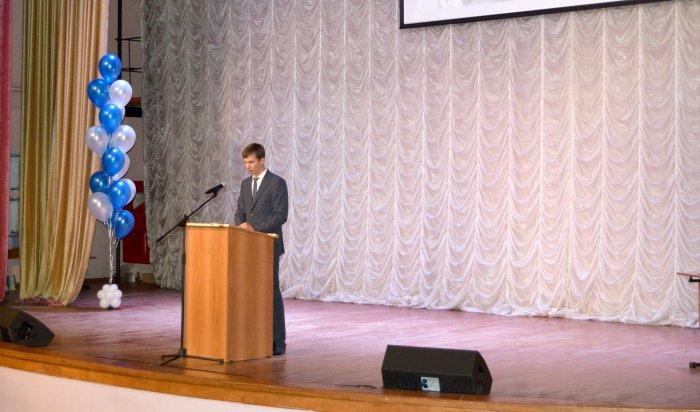 Депутат Евгений Савченко отчитался о проделанной работе в Ленинском округе Иркутска