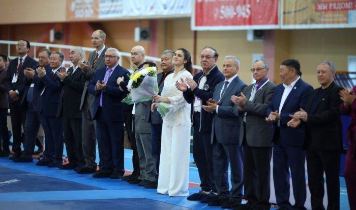 В Иркутске прошел всероссийский турнир по женской борьбе на призы Натальи Воробьевой