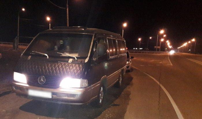 Полицейские задержали перевозившего пассажиров нетрезвого водителя маршрутки Иркутск-Залари