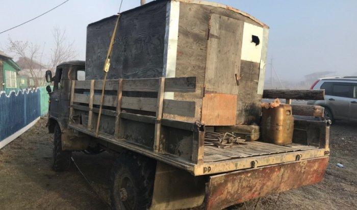 ВТулунском районе водитель грузовика насмерть сбил пешехода