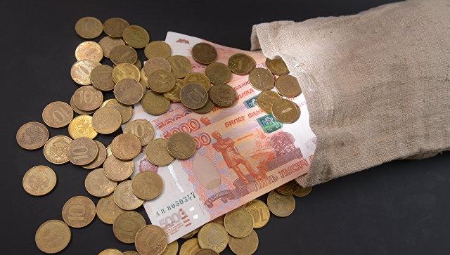 Россияне считают бедностью доход в 20 тысяч рублей