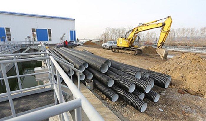 На реконструкции канализационных очистных сооружений в Иркутске увеличили количество рабочих