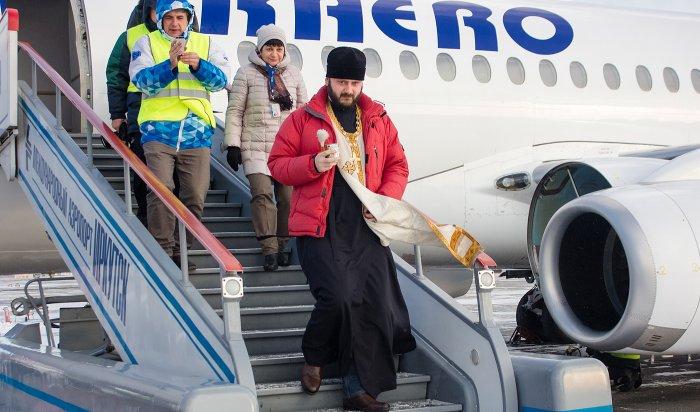 В аэропорту Иркутска освятили самолет авиакомпании «ИрАэро»