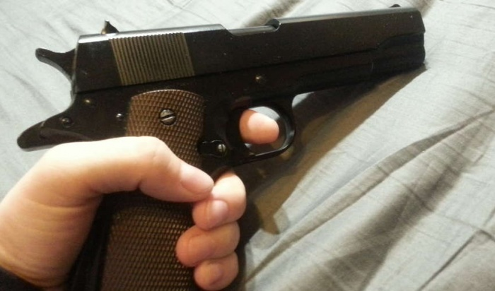 В столице России мужчина случайно выстрелил в11-летнего сына