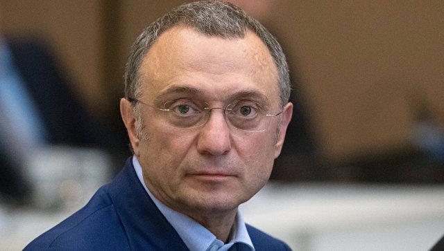 Сулейман Керимов обвинен внеуплате налогов иотпущен под залог