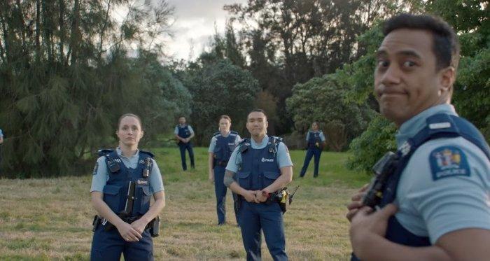 Новозеландская полиция сняла трехминутный ролик о приеме на работу