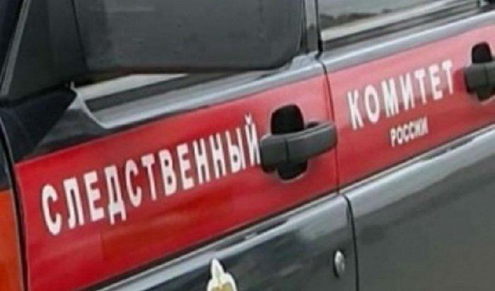 Прохожий погиб вовремя погрузки строительных материалов вЛенинском районе Иркутска