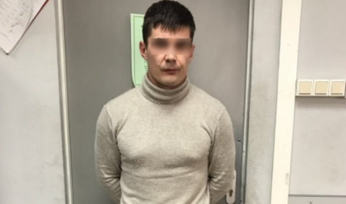 В Иркутске с поличным задержан автомобильный вор