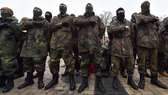 Активисты заблокировали офис канала NewsOne в Киеве