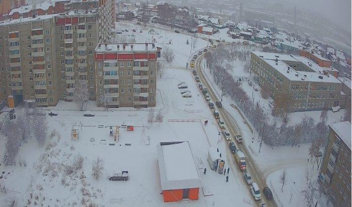 Утром 5 декабря на дорогах Иркутска из-за снегопада образовались 10-балльные пробки