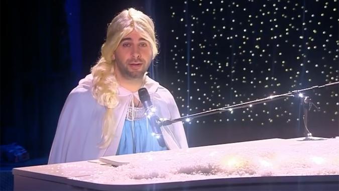 Иван Ургант в образе принцессы спел о допинговом скандале