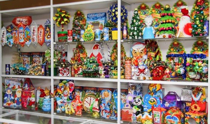 В Приморье накажут предпринимателя, подменившего конфеты в подарках