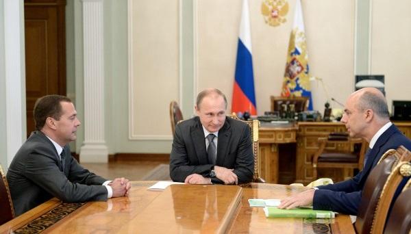 Путин определил новую бюджетную политику РФ после выборов 2018 года