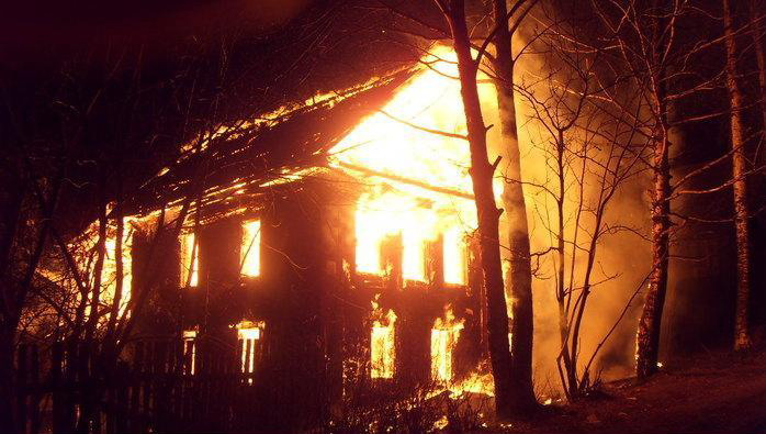 ВКазачинском районе три человека погибли на пожаре