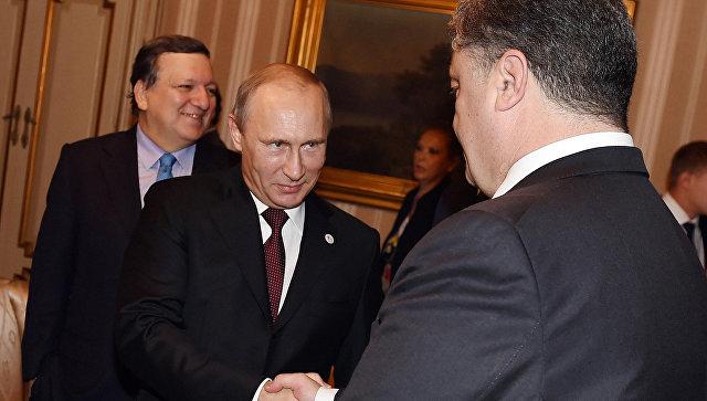 Песков оконтактах Путина иПорошенко: «Есть встречи, окоторых несообщаем»