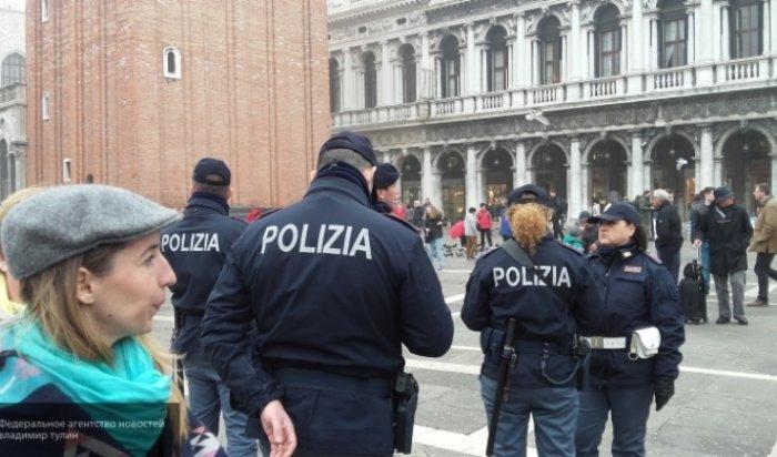 ВБеллоне итальянец открыл стрельбу попрохожим