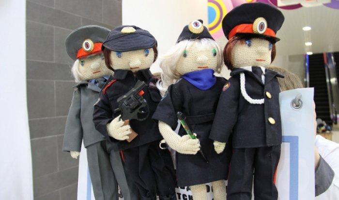 В Иркутской области проходит конкурс игрушек «Полицейский дядя Степа»