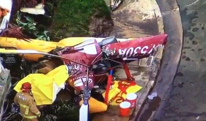 В Калифорнии на жилой дом рухнул вертолет