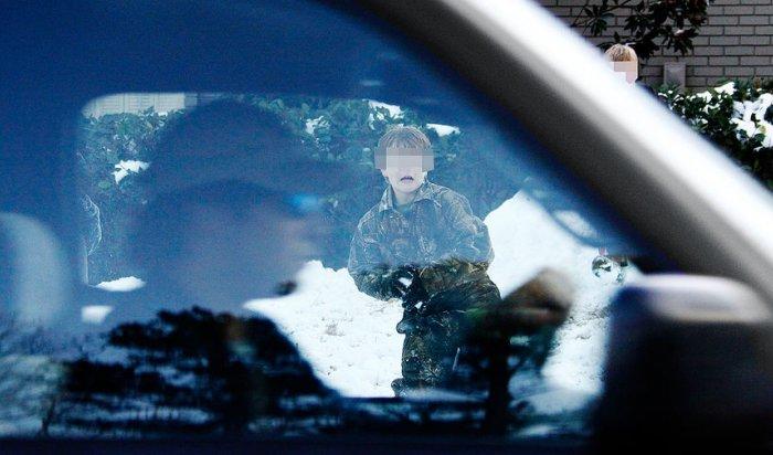 На Камчатке военный ударил ребенка из-за брошенного снежка